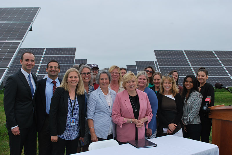 Mills and group at energy and climate change signing