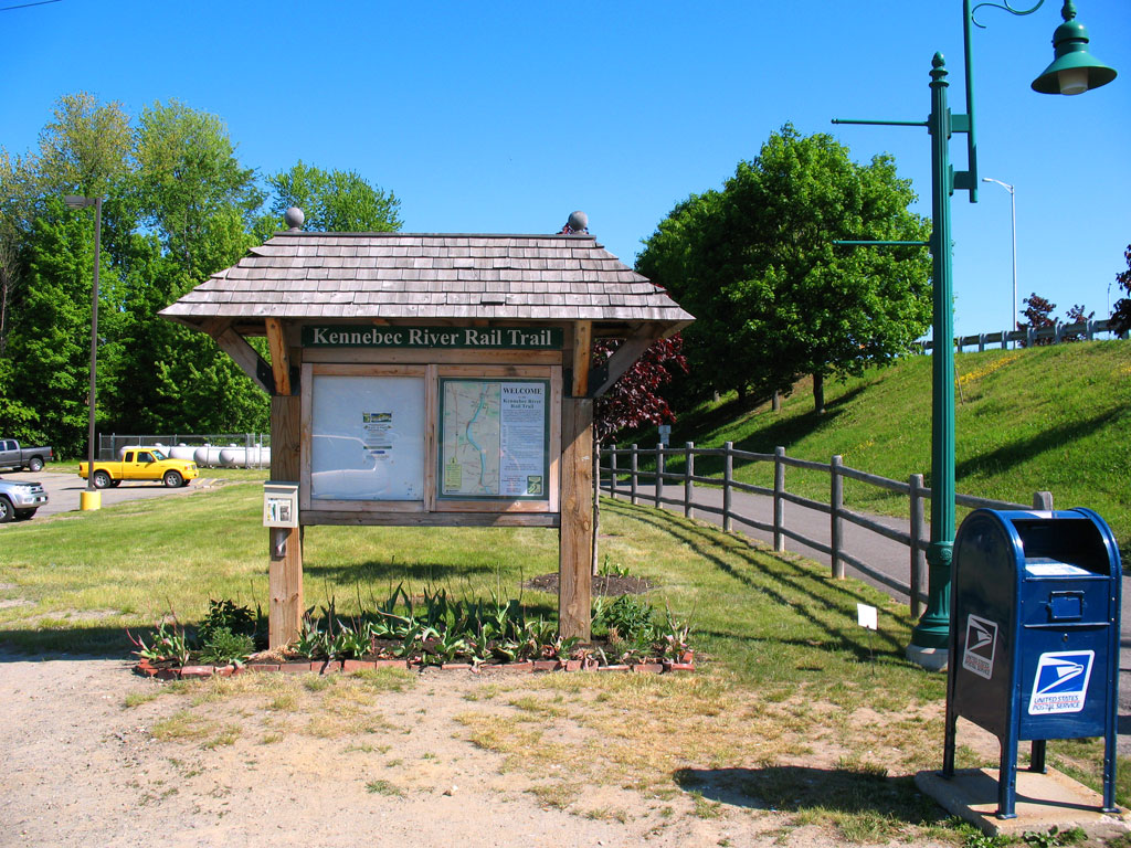 Kennebec River Rail Trail Kiosk-Gardiner